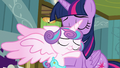 Flurry Heart hugging her Auntie Twily S7E3.png