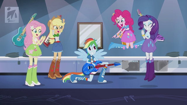 File:Main 4 cheer for Rainbow Dash EG2.png