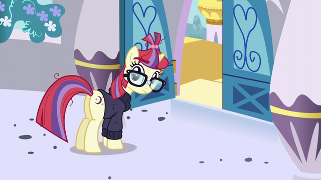 File:Moon Dancer looks up at Twilight S5E12.png