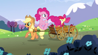 Pinkie Pie 'That looks like fun' S3E3