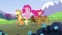 Pinkie Pie 'That looks like fun' S3E3