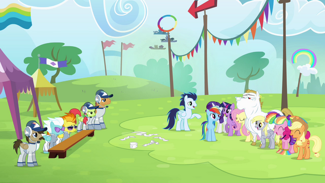 File:Ponyville team cheers for Rainbow S4E10.png