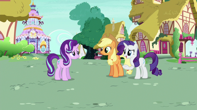 File:Rarity Changeling welcoming Starlight back home S6E25.png