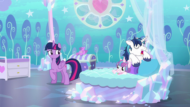 File:Twilight looking at sleeping Shining Armor S6E1.png
