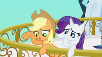 Applejack attempting to reassure Crystal Ponies S3E2