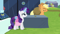 Rarity pockets one of the brooches S4E22