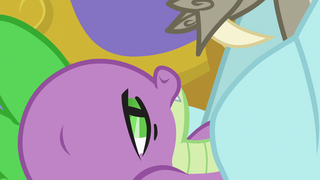 File:Spike slowly waking up S5E7.png