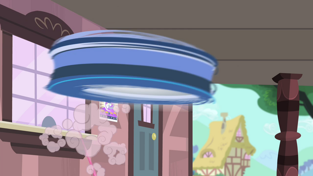 File:Spinning object flying S4E11.png