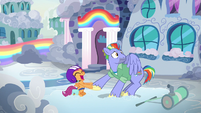 Bow Hothoof uncomfortable with Scootaloo's squealing S7E7