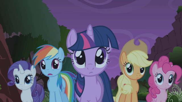 "File:Rainbow Dash ""little?"" S1E02.png"