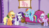 Rainbow saying goodbye to AJ and Rarity S6E10