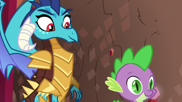 File:Spike and Ember best dragon team S6E5.png