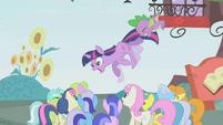 "Twilight and Spike ""RUN!"" S1E03"