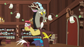 Discord and singing ginseng tea bags S7E12.png