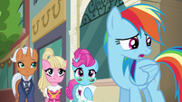 "Rainbow Dash ""am I doing this right?"" S6E9"