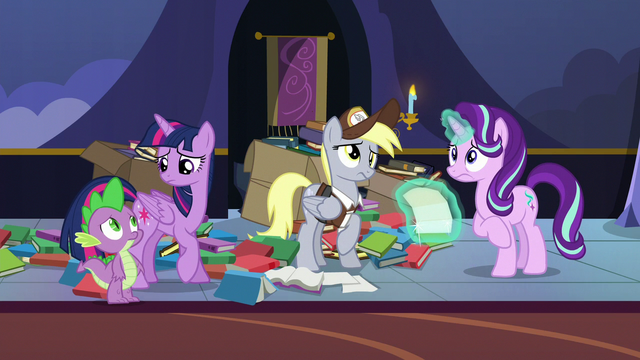 File:Twilight, Spike, and Derpy confused by Starlight's worry S6E25.png
