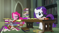 Pinkie and Rarity haven't found anything S4E25