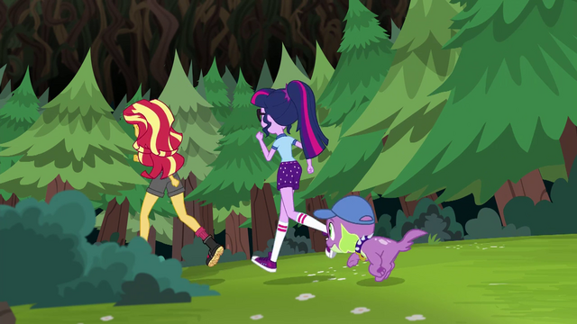 File:Sunset, Twilight, and Spike race back to camp EG4.png