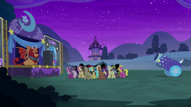 File:Audience waiting for Trixie's magic trick S6E6.png
