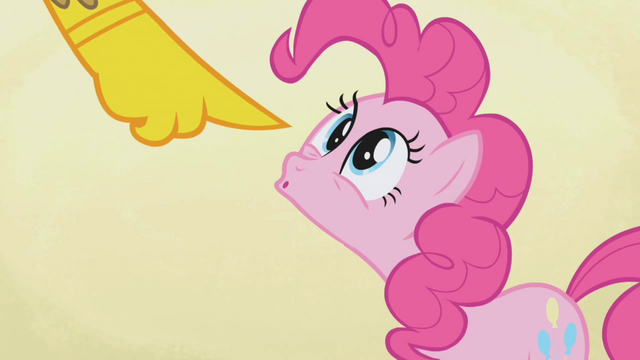 File:Gilda accuses Pinkie Pie S1E05.png