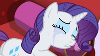 Rarity lay down crying S2E3