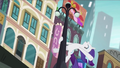 Rarity swinging from a lamppost RPBB3.png