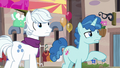 "Party Favor ""what are you doing here?"" S6E25.png"