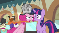 Pipe on Pinkie's tongue S2E24