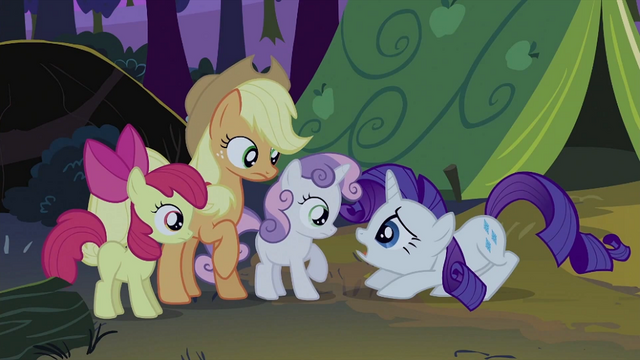 File:Rarity hunches down to Sweetie Belle S2E05.png