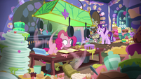 """Starlight Glimmer """"I meant just the one cake!"""" S6E21"""