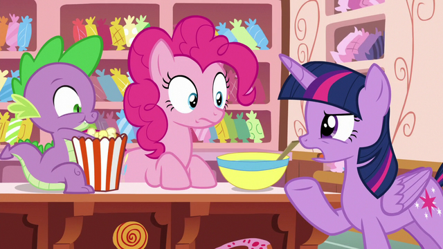 """File:Twilight Sparkle """"that doesn't sound like Rarity"""" S6E22.png"""