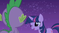 Twilight winks at Spike S1E24