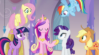 Twilight, Cadance, and friends in the spa S03E12