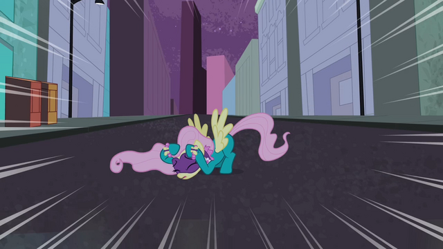 File:Fluttershy cowering S4E06.png