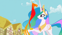 Philomena returns back to Celestia S01E22