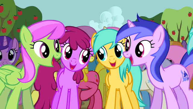 File:Ponies singing along 3 S2E15.png