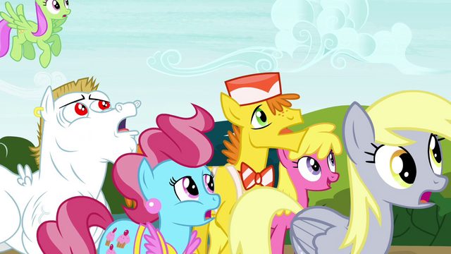 File:Ponyville residents in surprise S4E26.png