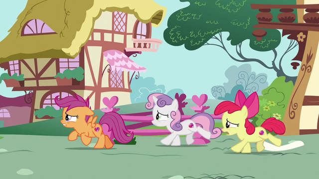 File:Cutie Mark Crusaders gallop after Gabby S6E19.png