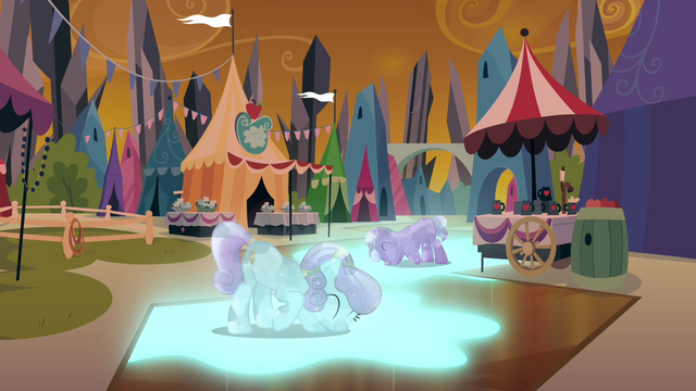 File:Crystal ponies using their power S3E02.png