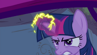 Twilight's electrifying magic S4E26