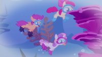 A flashback of the CMC diving S6E4