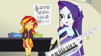 Sunset Shimmer digs the beat EG2
