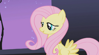 Fluttershy pointing out similarity between Rarity's necklace and cutie mark S1E02