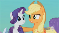 Applejack reassuring Rarity S3E2