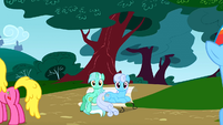 Lyra Heartstrings sitting on a bench like a human S01E07