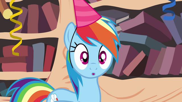 File:Rainbow Dash has an idea S4E04.png