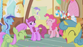 Ponies laugh themselves silly S1E05.png
