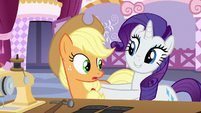 Rarity interrupts Applejack's judging S7E9