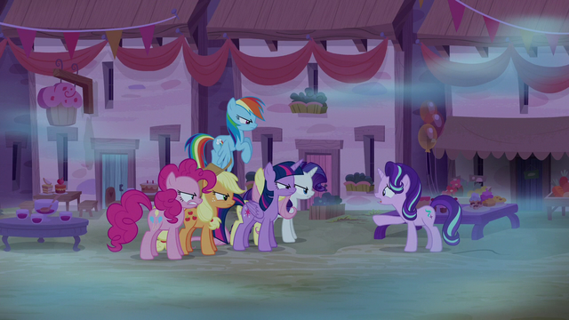 """File:Starlight Glimmer """"something is wrong!"""" S6E25.png"""