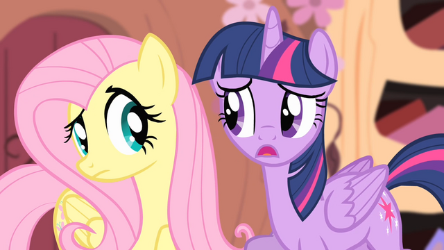 File:Twilight 'I need you to do your Stare...' S4E07.png